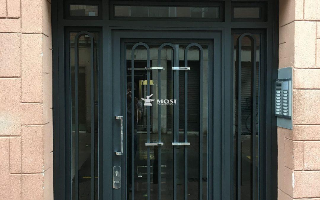 Puertas de forja para comunidades